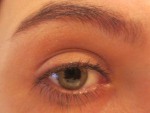 Random Makeup Pics, and Green Blog Look 008