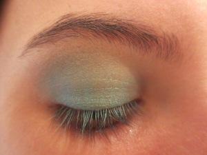 Random Makeup Pics, and Green Blog Look 009