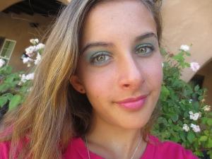 Random Makeup Pics, and Green Blog Look 019